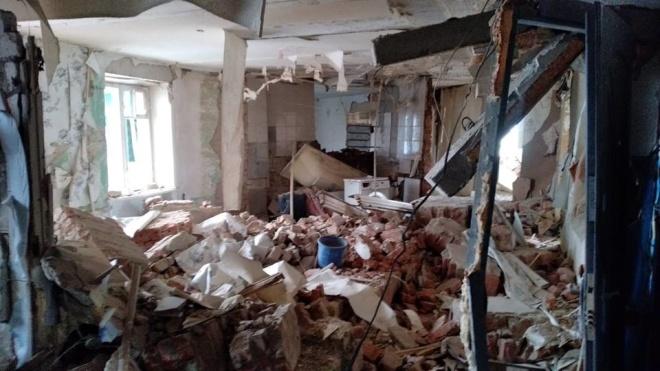 Пострадавшим от взрыва дома в Фастове позволили забрать вещи из разрушенных квартир