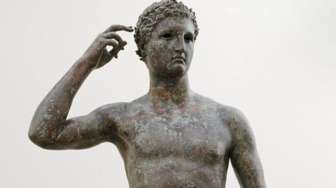 Суд зобов'язав музей у США повернути стародавню статую в Італію, але музей відмовляється віддавати реліквію