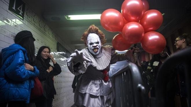 К Хэллоуину в метро Нью-Йорка открыли комнату страха