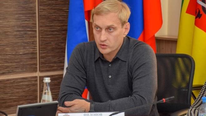 ФСБ обшукує житло й офіс голови російської адміністрації Євпаторії. Його підозрюють у розкраданні бюджетних коштів