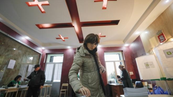 На виборах президента в Грузії перемагає провладний кандидат