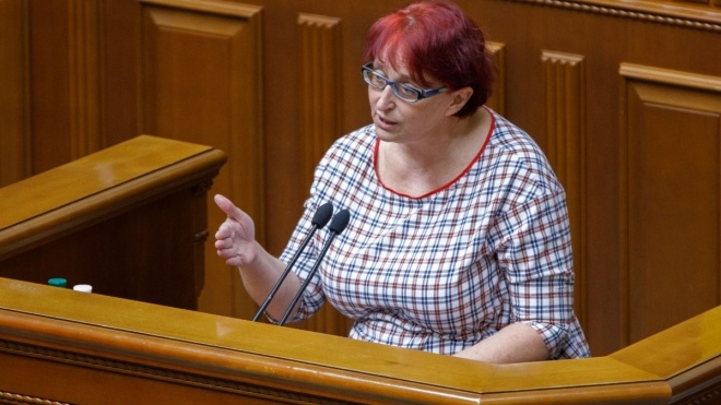 Депутат Третьякова, яка говорила про «неякісних дітей», зібралася боротися з «сектами»