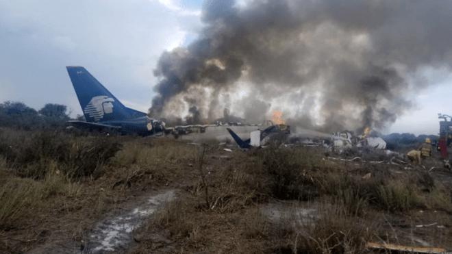 В Мексике разбился пассажирский самолет. Впечатления людей, что выжили