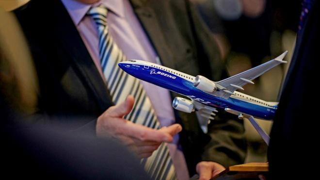 Разбился Boeing 737 MAX 8 — второй за пять месяцев. Более 20 стран сняли его с рейсов, Украина ожидает первый в апреле. Кто еще летает на этом самолете?