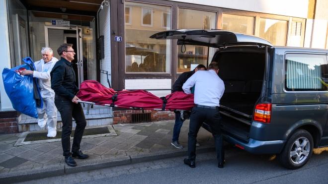 Вбивство з арбалета в Німеччині: за 650 км від готелю поліція знайшла ще два тіла