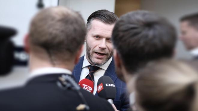 Политика должна быть с юмором. В Дании депутат разместил предвыборную агитацию на PornHub