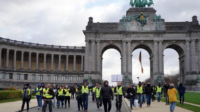 Протести «жовтих жилетів»: у Бельгії загинув перший мітингувальник