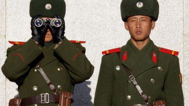 WSJ: Северная Корея проделывает «дыры» в глобальных экономических санкциях. Пхеньян тайно поставляет оружие и топливо в Сирию, Йемен и Ливию