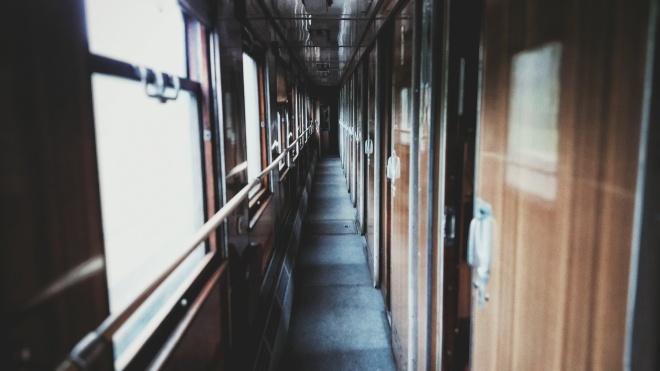«Укрзалізниця» відновить попередній продаж квитків до 26 листопада