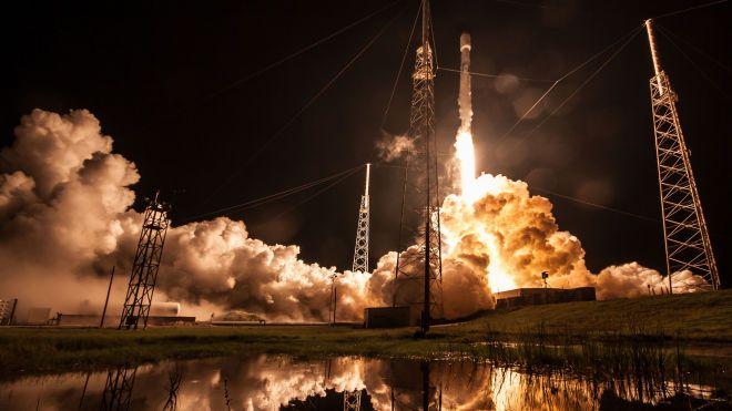 SpaceX запустила Falcon9 в Калифорнии. Компания постарается собрать все ее части