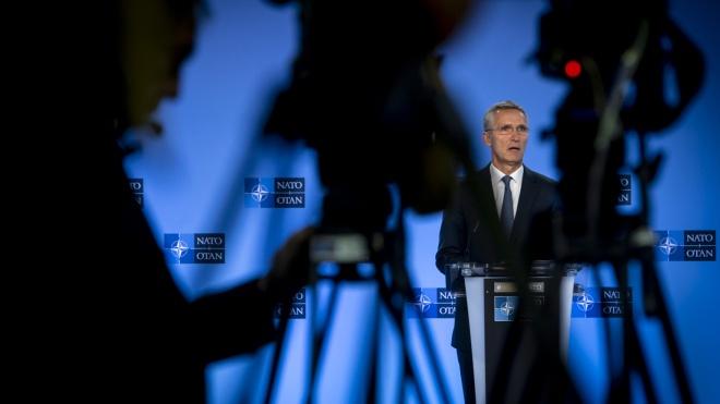 В НАТО заявили, что обеспокоены все большей зависимостью Беларуси от России. МИД РФ уже отреагировал