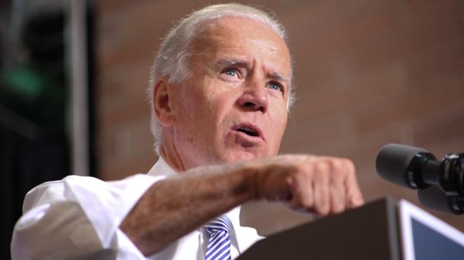 WSJ: Колишній віце-президент США Байден вирішив взяти участь у виборах 2020 року