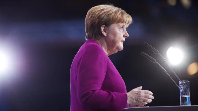 Меркель хоче залишитися канцлером до 2021 року. Попри відставку з посади голови партії ХДС