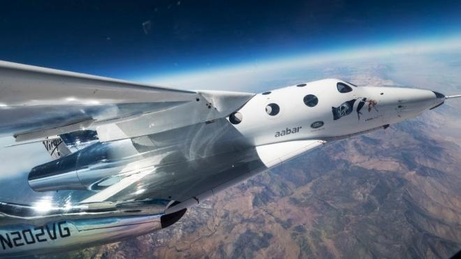 Американская Virgin Galactic запустила в пробный полет туристический модуль. Он поднялся на 82 км над Землей