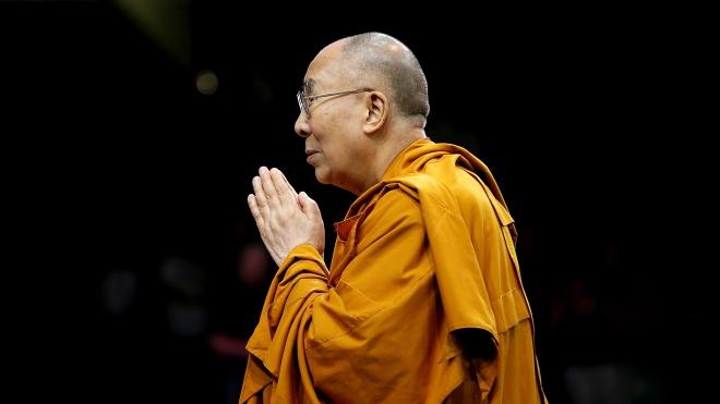 Далай-лама дал интервью ВВС. Он критикует Трампа, призывает сохранить Евросоюз и считает, что его преемница должна быть привлекательной — главные цитаты