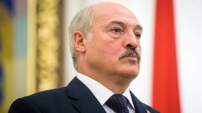 Лукашенко заявил, что против Беларуси работают американские спецслужбы с «центром в Киеве». Глава МИД уже отреагировал — «фейспалмом»