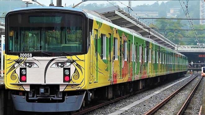 Японський суперкомп'ютер вирахував заходи безпеки для поїздів, з огляду поширення коронавірусу через повітря