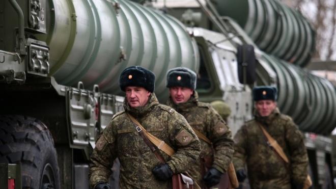 «Для оборони кордонів». Росія розгорнула в Криму четвертий дивізіон ракетних систем С-400