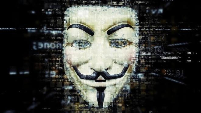 На фоне протестов в США активизировалось старое хакерское движение Anonymous