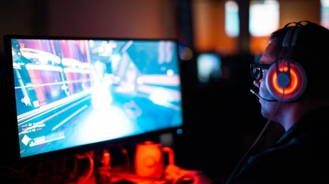 Ночью: Узбекистан грозит Украине санкциями, улучшенный Warcraft 3 выйдет в 2019 году, а актера Алека Болдуина задержали за драку