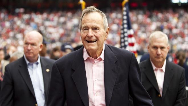 Вночі: помер Джордж Буш — старший, ще один штат США визнав Голодомор в Україні геноцидом, Джолі і Пітт домовилися про опіку над дітьми