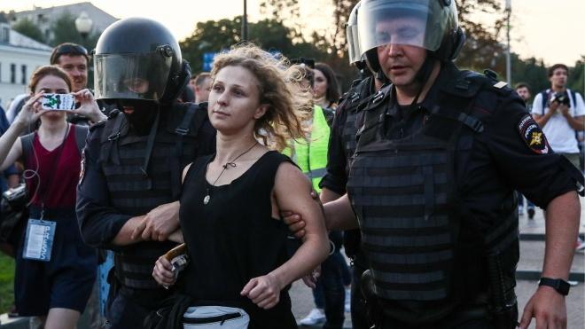 У Москві через соцмережі збирають передачі для затриманих після вчорашньої акції протесту