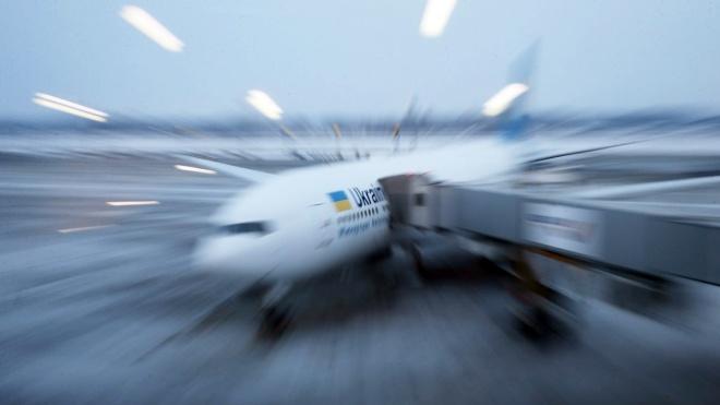 У «Борисполі» затримались понад 20 рейсів авіакомпанії МАУ. Літаки не могли заправити пальним