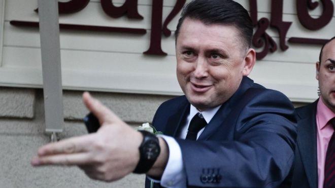 Майора Мельниченко обвиняют в госизмене. Он заявляет, что не передавал записи иностранным спецслужбам, а только украинским