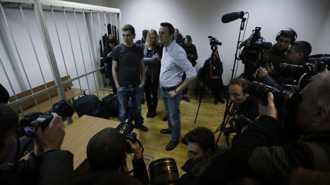 Брат російського опозиціонера Олексія Навального відсудив 50 тис. рублів у колонії, в якій просидів більше трьох років