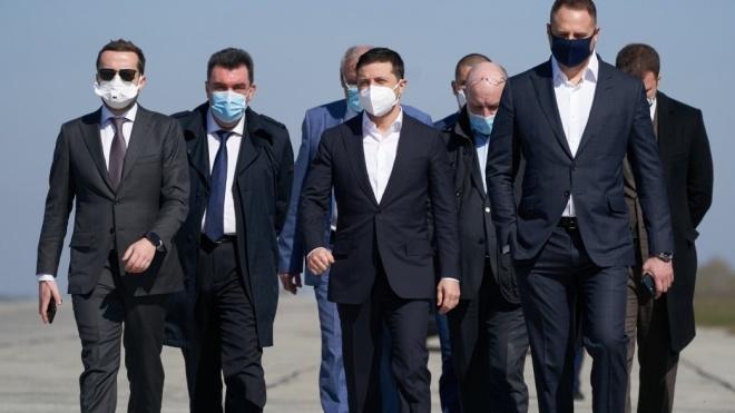 Фонд, который собирал деньги на борьбу с коронавирусом, принадлежит Борису Бауму. Он связан с ОП и крупным российским бизнесом