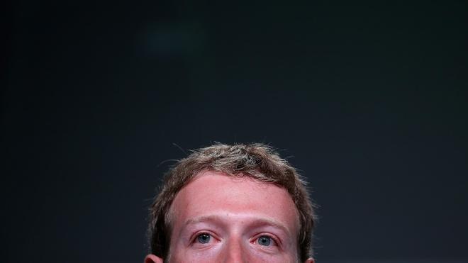 WSJ: «Военное положение» Цукерберга ударило по топ-менеджерам Facebook