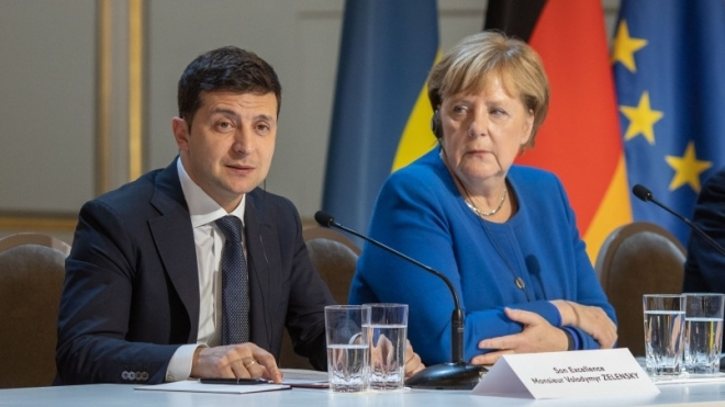Зеленський визнав, що Меркель багато зробила для України, але він очікував більшого — що Німеччина допоможе зброєю