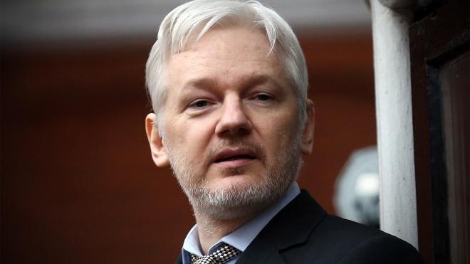 Засновник WikiLeaks Джуліан Ассанж отримав паспорт Австралії і хоче повернутися на батьківщину