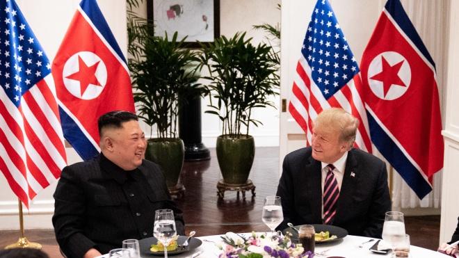Дональд Трамп и Ким Чем Ын ни о чем не договорились и прекратили переговоры в Ханое