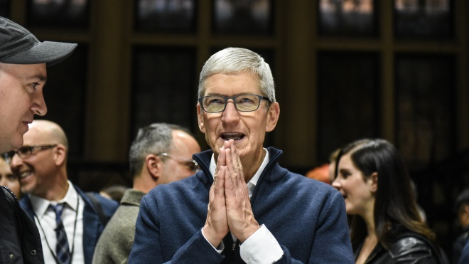 Сотрудники Apple выступили против возвращения в офис. Кук предлагает большинству работать оттуда три раза в неделю