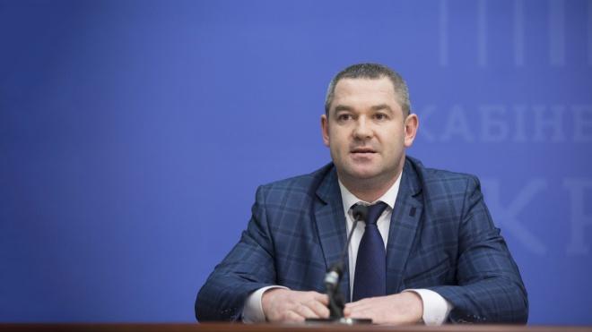 Екс-главу Державної фіскальної служби Продана чекають на допит антикорупційні прокурори. А він каже, що лікується за кордоном. Що відбувається?