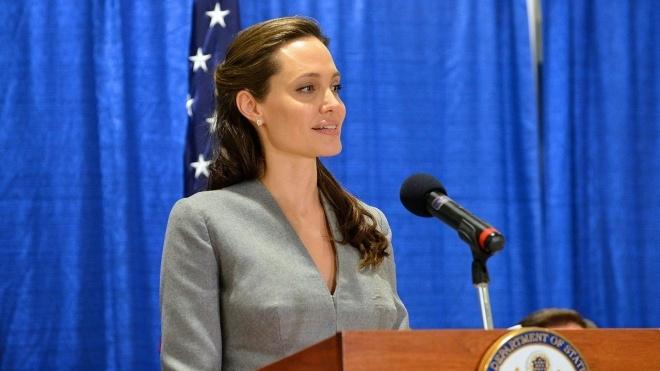 «Хочу багато чого зробити». Анджеліна Джолі задумалася над походом у політику