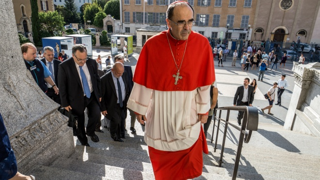 Кардинала Барбарена суд визнав винним у приховуванні фактів педофілії в католицькій церкві
