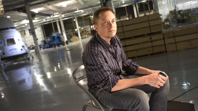 За год перелеты Илона Маска обошлись Tesla в $700 тысяч. Это всемеро дороже полетов гендиректора Apple