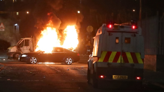 Вночі: у Північній Ірландії стався теракт, визначилися всі півфіналісти Ліги Європи, а МОК виділить €500 тис. на відновлення Нотр-Дама