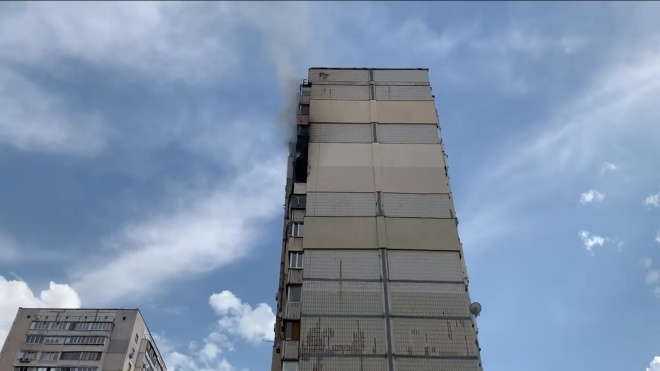 Вибух на Позняках: у сусідньому будинку сталася пожежа