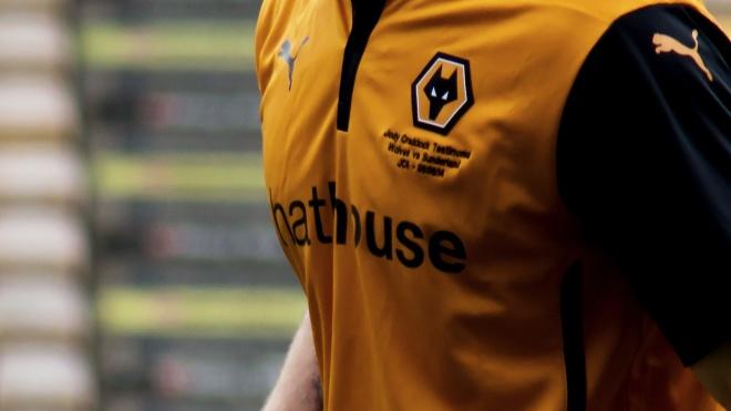 Пенсіонер у Великій Британії подав позов проти футбольного клубу через викрадення емблеми