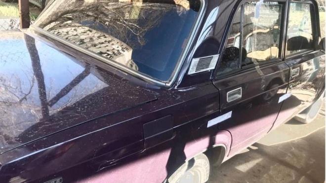 Українцю набридло чекати автобус і він вирішив викрасти машину. Власник навіть не помітив пропажі
