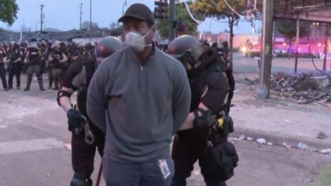 У США затримали журналістів CNN під час прямого ефіру з протестів