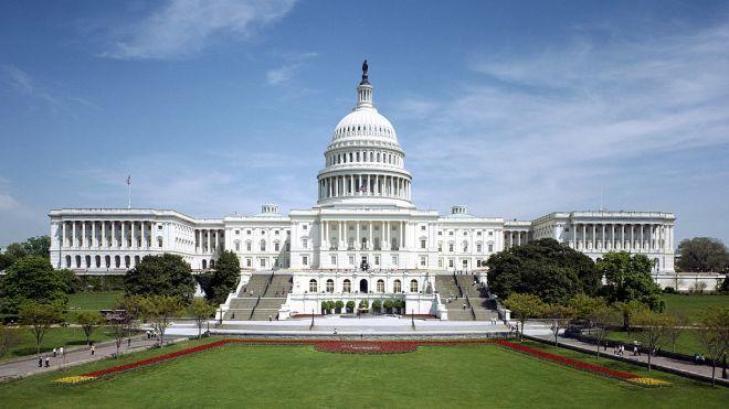 Директоров Facebook, Twitter и Google вызвали в Сенат США по делу вмешательства России в американские выборы