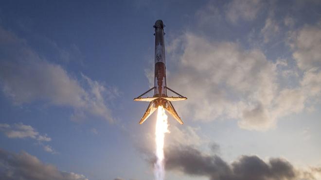 Пентагон перегляне сертифікацію ракет-носіїв SpaceX Ілона Маска