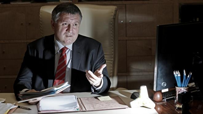 «МВД — мощная структура, у нас много информации». Глава МВД Арсен Аваков рассказывает о «сетках», уголовных делах, убийстве Гандзюк и контактах с СБУ — большое интервью