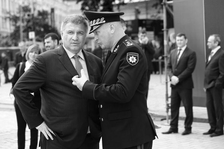 Глава МВД Арсен Аваков и глава Национальной полиции Сергей Князев.