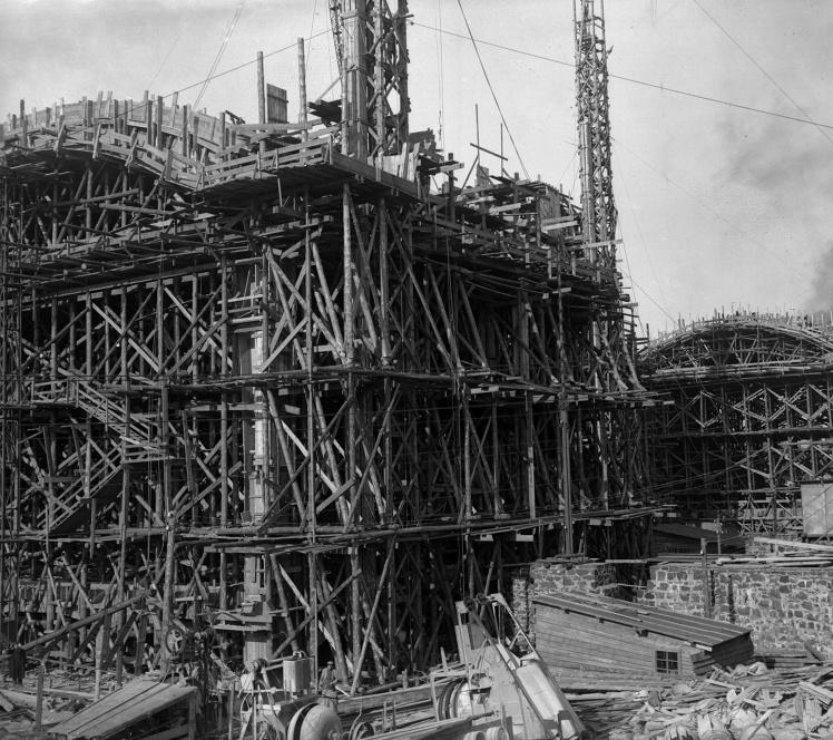 Зведення нової будівлі Київського залізничного вокзалу, 1929 рік.