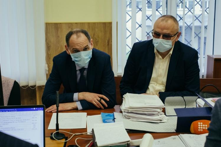 Прокурори Сергій Самчук і Владислав Волян